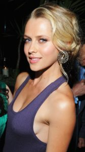 Teresa Palmer's Biography, Net Worth, Pics and Wallpapers